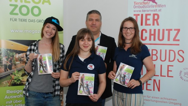 Sunny Benett, Irina Fronescu, Holger Luer und Maria Feldgrill (Bild: Megazoo)
