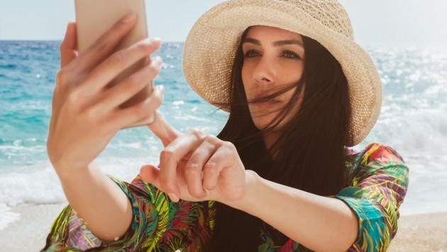 dan clark es Guide to dating watch online