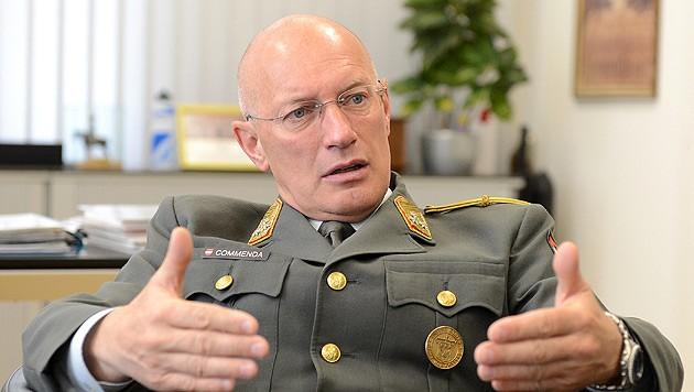 Generalstabschef Othmar Commenda (Bild: APA/Helmut Fohringer)