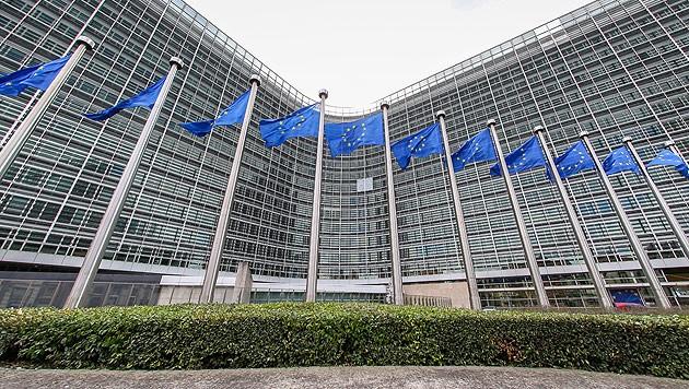 Der Sitz der EU-Kommission in Brüssel (Bild: APA/EPA/JULIEN WARNAND)
