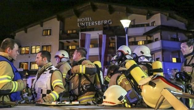 73 Mann der Feuerwehren Grödig, Fürstenbrunn, Niederalm und Hallein rückten aus. (Bild: Markus Tschepp)