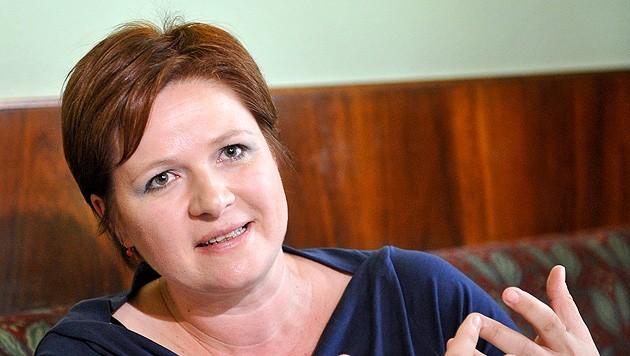 Die grüne Sozialsprecherin Judith Schwentner (Bild: APA/HERBERT NEUBAUER)