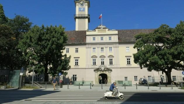 """Im Linzer Landhaus war man sich am Dienstag rasch einig über """"Corona-Spenden"""". (Bild: Werner Pöchinger)"""