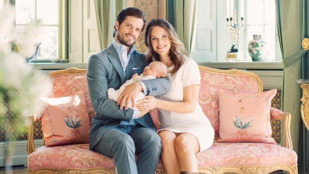 Prinz Carl Philip und Sofia mit ihrem erstgeborenen Sohn Alexander