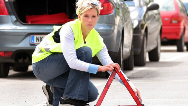 In vielen EU-Ländern gelten für Pkw-Fahrer andere Mitführpflichten als in Österreich. (Bild: KRONEN ZEITUNG)