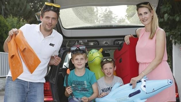In zahlreichen Fällen wird das Auto, mit dem man in den Urlaub fährt, falsch beladen. (Bild: Kronen Zeitung)