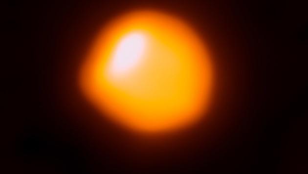 Das bislang schärfste Bild des Mega-Sterns Betelgeuse (Bild: ALMA (ESO/NAOJ/NRAO)/E. O'Gorman/P. Kervella)