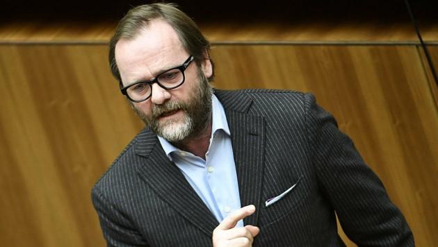 Sepp Schellhorn will bei den NEOS bleiben. (Bild: APA/ROBERT JAEGER)