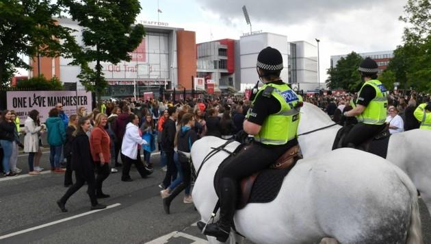 Auch die berittene Polizei war im Einsatz. (Bild: AFP or licensors)