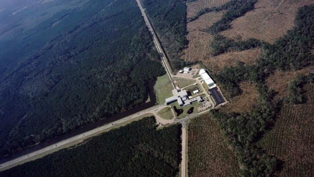... und jenes in Livingston (Louisiana) (Bild: Caltech/MIT/LIGO Laboratory)