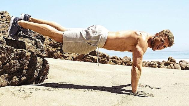 """Ryan Phillippe zeigt sich durchtrainiert in der aktuellen Ausgabe des """"Men's Fitness""""-Magazins. (Bild: instagram.com/rikerbrothers)"""
