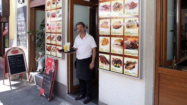 Das Lokal am Wiener Brunnenmarkt schenkt keinen Alkohol mehr aus. (Bild: Zwefo)