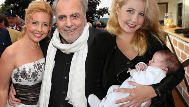 Nach dem Tod von Maximilian Schell ist Iva mit Töchterchen Viktoria wieder glücklich. (Bild: babirad, toppress)