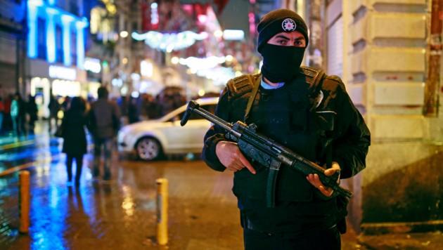Beim Anschlag in der Silvesternacht 2017 starben 39 Menschen. (Bild: AP)