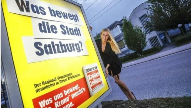 Plakate kündigen die große Fragebogen-Aktion an (Bild: Markus Tschepp)