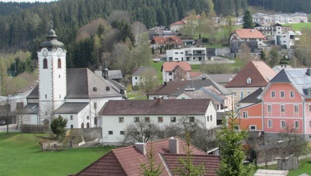 Vizekanzler Mitterlehner würde Schönegg auf Vorderweißenbach (Foto) und Helfenberg aufteilen (Bild: Jürgen Pachner)