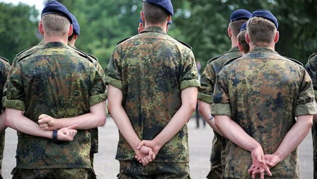 Die Bundeswehrkarriere des Betrunkenen war wohl nur erfunden (Bild: AFP)