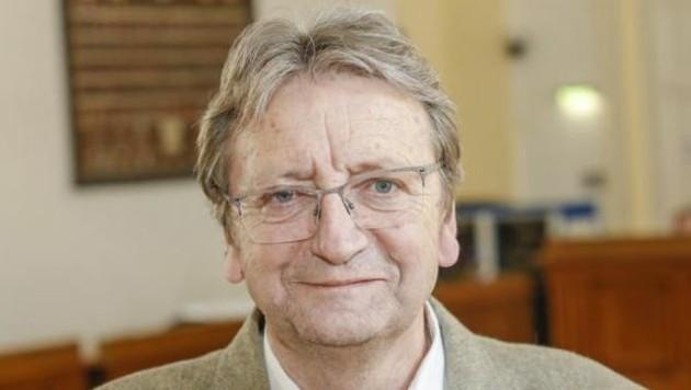 Dr. Karl Schnell will noch eine Diagnose. (Bild: Markus Tschepp)