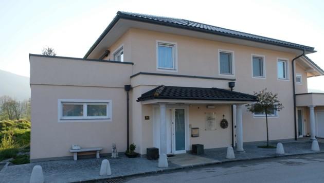 In diesem Haus in Kirchdorf an der Krems kam es zur schrecklichen Tat. (Bild: Horst Einöder)