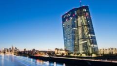 Die EZB-Zentrale in Frankfurt am Main (Bild: APA/dpa/Boris Roessler)