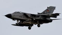 Ein Tornado-Mehrzweckkampfflugzeug der deutschen Luftwaffe (Bild: ASSOCIATED PRESS)