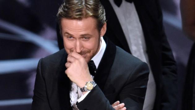 Ryan Gosling lachte sich über den Fehler von Warren Beatty kaputt. (Bild: Chris Pizzello/Invision/AP)