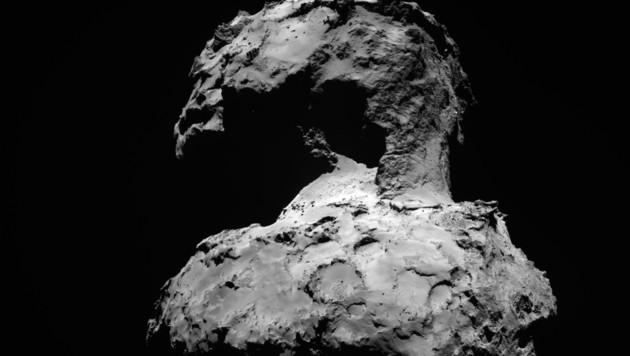 """Eine Weitwinkelaufnahme von """"Tschuri"""" (Bild: ESA/Rosetta/MPS/UPD/LAM/IAA/SSO/INTA/UPM/DASP/IDA)"""