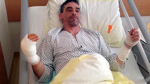 Das Opfer wurde nach dem Durchschuss seiner rechten Hand im Klinikum Wels operiert. (Bild: Markus Schütz)