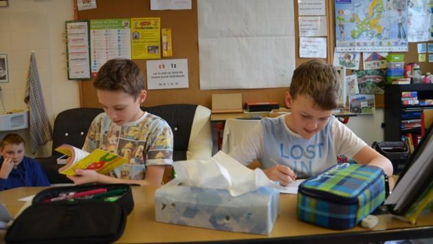 17 Kinder gehen derzeit in die Volksschule Falkenstein - laut Land sind das zu wenig (Bild: Jakob Traby)