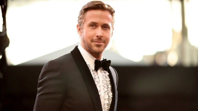 Hollywood-Schönling Ryan Gosling in hässlichem Hemd (Bild: Getty Images)