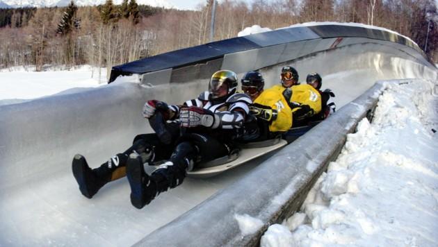 Am 19. Februar ist es soweit: Mutige Musikanten stürzen sich in Woks den Igler Eiskanal hinunter.