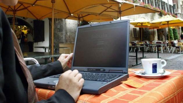 W-Lan in Innsbruck soll es künftig nur noch gegen Registrierung geben. (Bild: KRONEN ZEITUNG)