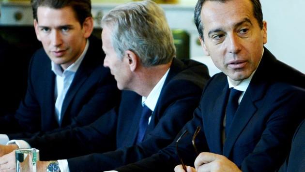 Sebastian Kurz, Reinhold Mitterlehner und Christian Kern (Bild: APA/ROLAND SCHLAGER)