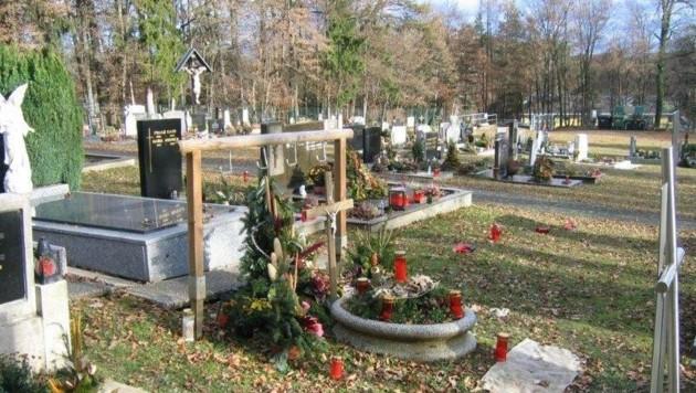 Das echte Grab. (Bild: KK)