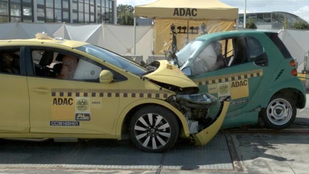 Honda Civic gegen Smart Fortwo