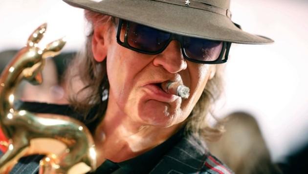 Udo wie man ihn kennt: mit Hut, Brille und Zigarre.