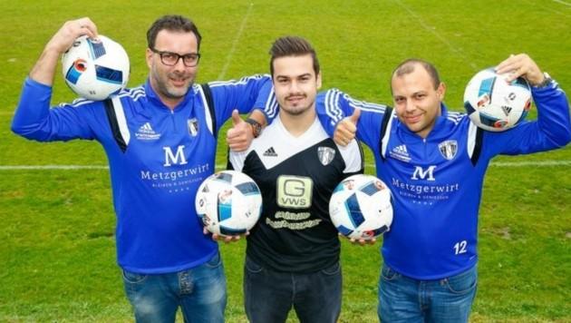 St. Veits Goalgetter Pirslin (M.) und das Trainerduo Steinacher (re.) und Tragseil (li.) (Bild: Gerhard Schiel)