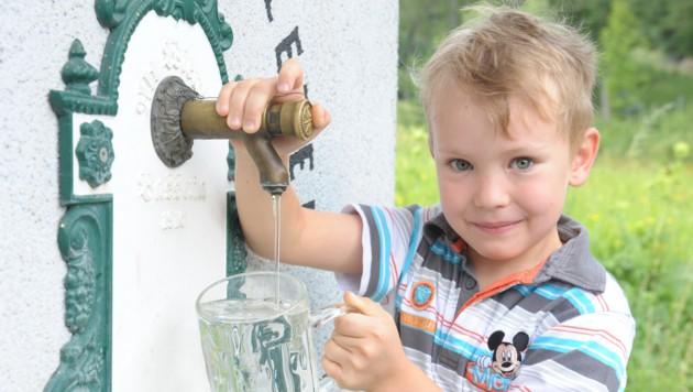 135 Liter Wasser verbraucht jeder Kärntner im Schnitt pro Tag â013 drei Liter zum Trinken und Kochen (Bild: Gabriele Moser)