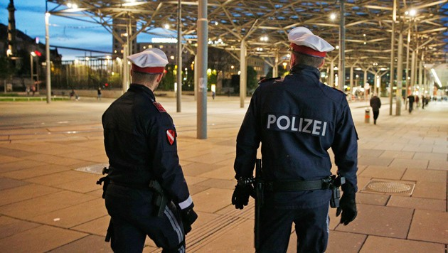 Polizisten am Wiener Praterstern