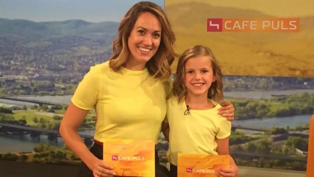 Bianca Schwarzjirg ganz begeistert von ihrem Mini-Me Alissa