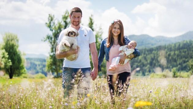 VSV-Crack Jan Urbas mit Freundin Teja und Töchterchen Ema.
