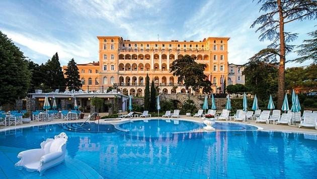 Majestätisch gelegen: Das Kvarner Palace war schon zu K.-u.-k.-Zeiten ein beliebtes Grandhotel.