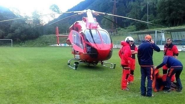 Die Flugrettung konnte den Schweizer wegen des Nebels nicht finden, die Bergretter halfen.