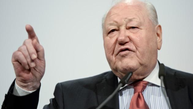 SPÖ-Urgestein Karl Blecha (Bild: APA/HERBERT NEUBAUER)