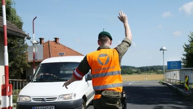 Am Grenzübergang Zelting wird kontrolliert