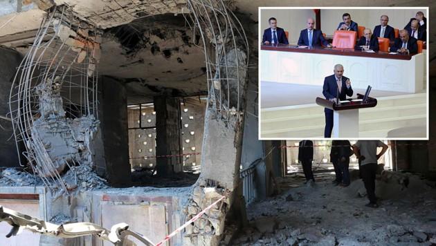 Ministerpräsident Binali Yildirim während seiner Rede im zerbombten Parlament (Bild: APA/AFP/ADEM ALTAN)