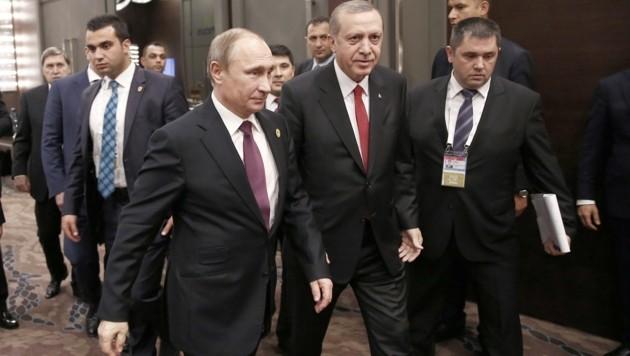 Die Beziehungen zwischen Putin und Erdogan wurden durch einen Jet-Abschuss auf die Probe gestellt.