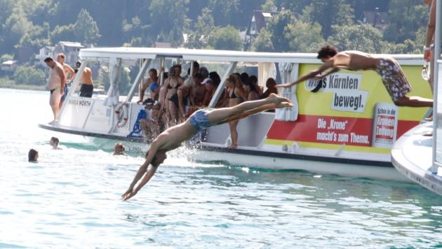 Vor dem Ufer in Sekirn erfolgte der Sprung in den See