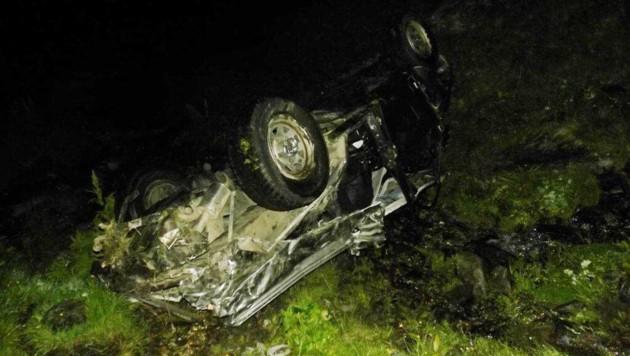 Der Wagen wurde bei dem Unfall völlig zerstört.