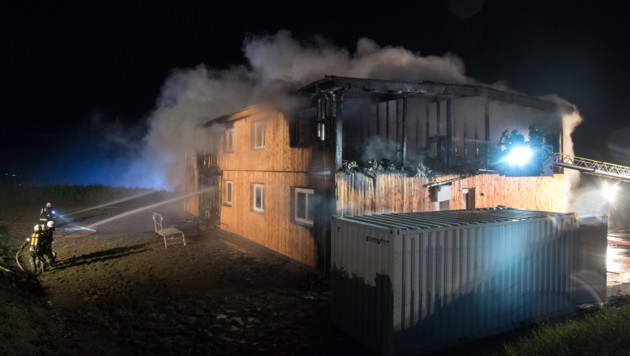 Der obere Teil des Gebäudes wurde komplett zerstört.